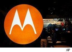 Mototola to spin off cell-phone business
