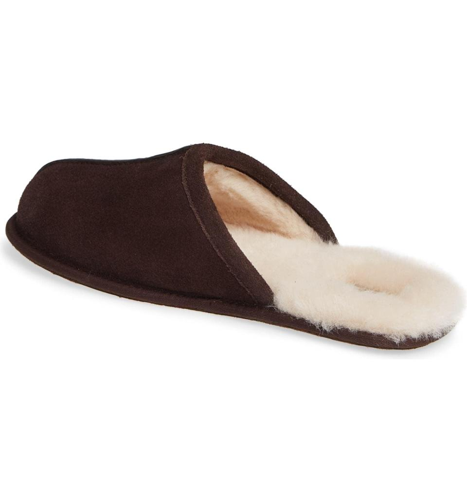 <p>Pamper their feet with these stylish and luxe <span>Ugg Scuff Slippers</span> ($80). This sis a great gift for those who always have cold feet. It comes in a variety of colors including black, navy, chestnut, and brown.</p>