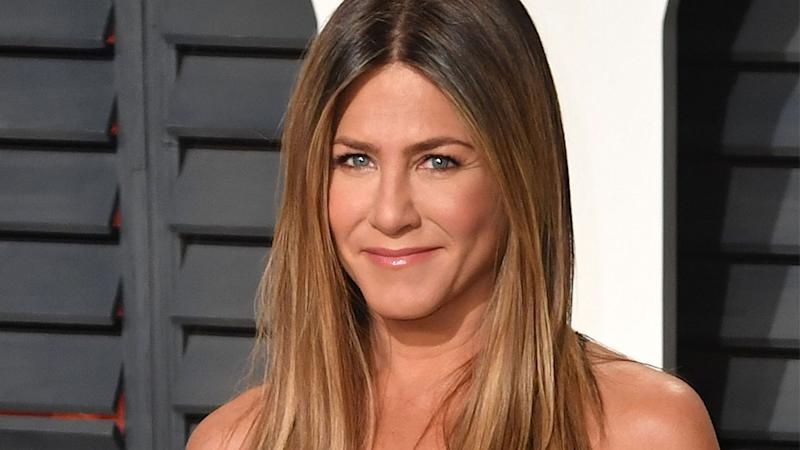 Jennifer Aniston Has Already Dealt With FOMO & An Ex Reaching Out On Instagram
