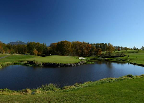 Enjoy a round or two of golf in a natural setting that affords great views of the surrounding mountains