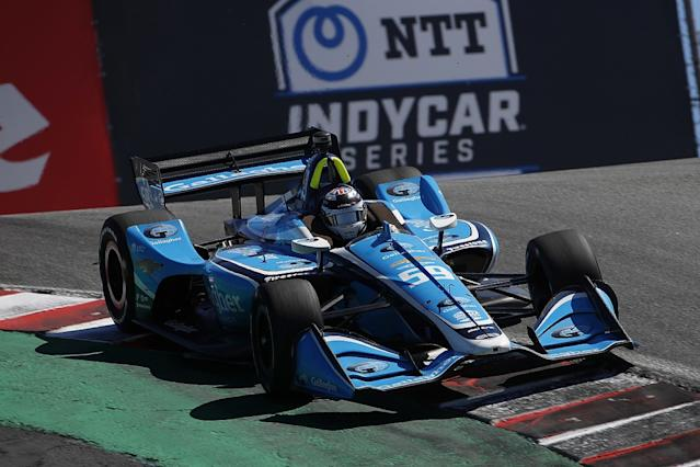 Carlin down to one car for IndyCar opener in Texas