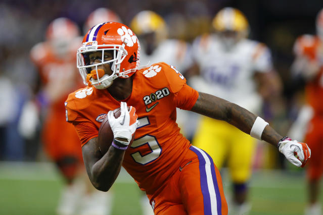 Clemson WR Tee Higgins could be a strong option for the Texans. (Photo by Todd Kirkland/Icon Sportswire via Getty Images)