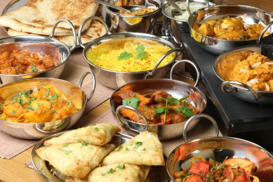 How to host an Indian dinner party