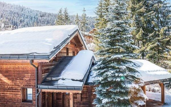 British seasonal workers have previously staffed Alpine ski chalets – but Brexit and Covid have complicated matters - Ski France