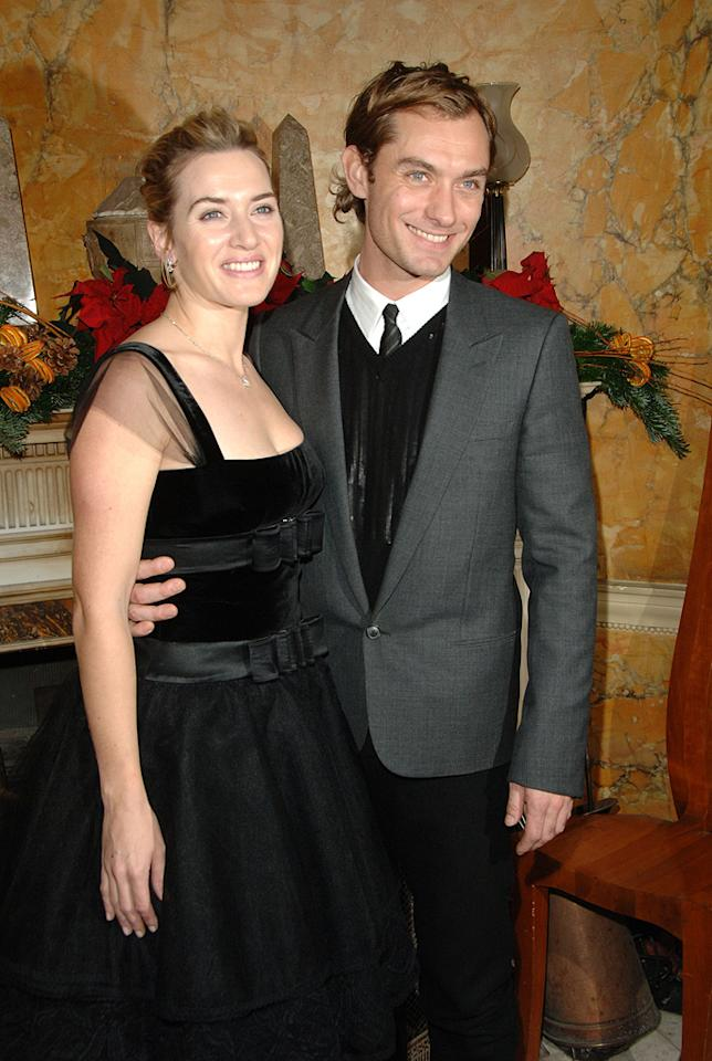 """<a href=""""http://movies.yahoo.com/movie/contributor/1800019032"""">Kate Winslet</a> and <a href=""""http://movies.yahoo.com/movie/contributor/1800018936"""">Jude Law</a> at the London premiere of <a href=""""http://movies.yahoo.com/movie/1809273669/info"""">The Holiday</a> - 12/05/2006"""