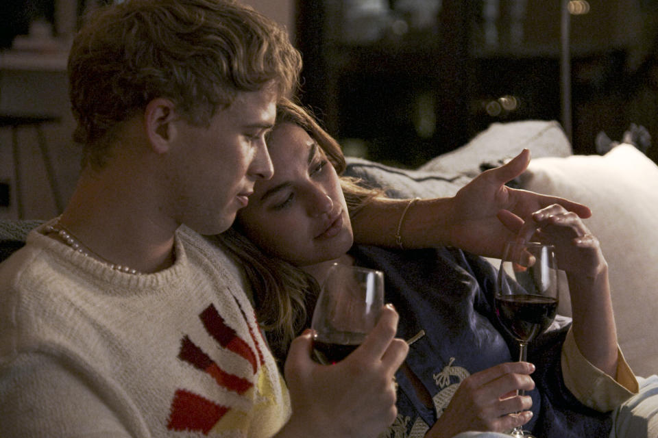 """Tommy Dorfman and Rainey Qualley in 'Love in the Time of Corona'<span class=""""copyright"""">Freeform</span>"""
