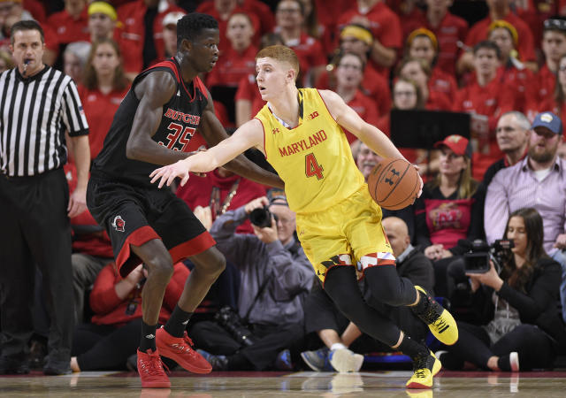 "<a class=""link rapid-noclick-resp"" href=""/ncaab/players/136101/"" data-ylk=""slk:Kevin Huerter"">Kevin Huerter</a> will miss a couple of months following hand surgery. (AP Photo/Nick Wass)"