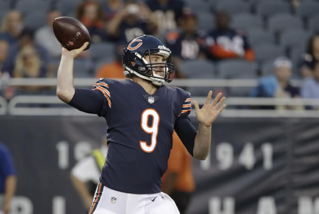 Chicago Bears quarterback Tyler Bray (9) throws during the first half of an NFL preseason football game against the Buffalo Bills in Chicago, Thursday, Aug. 30, 2018. (AP Photo/Nam Y. Huh)