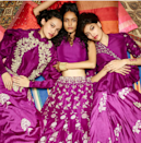 <p>To bring the style quotient (and for a great coordinated picture), bridesmaids can have a common theme, which reflects through their jewelry or a specific colour for their outfits. </p>