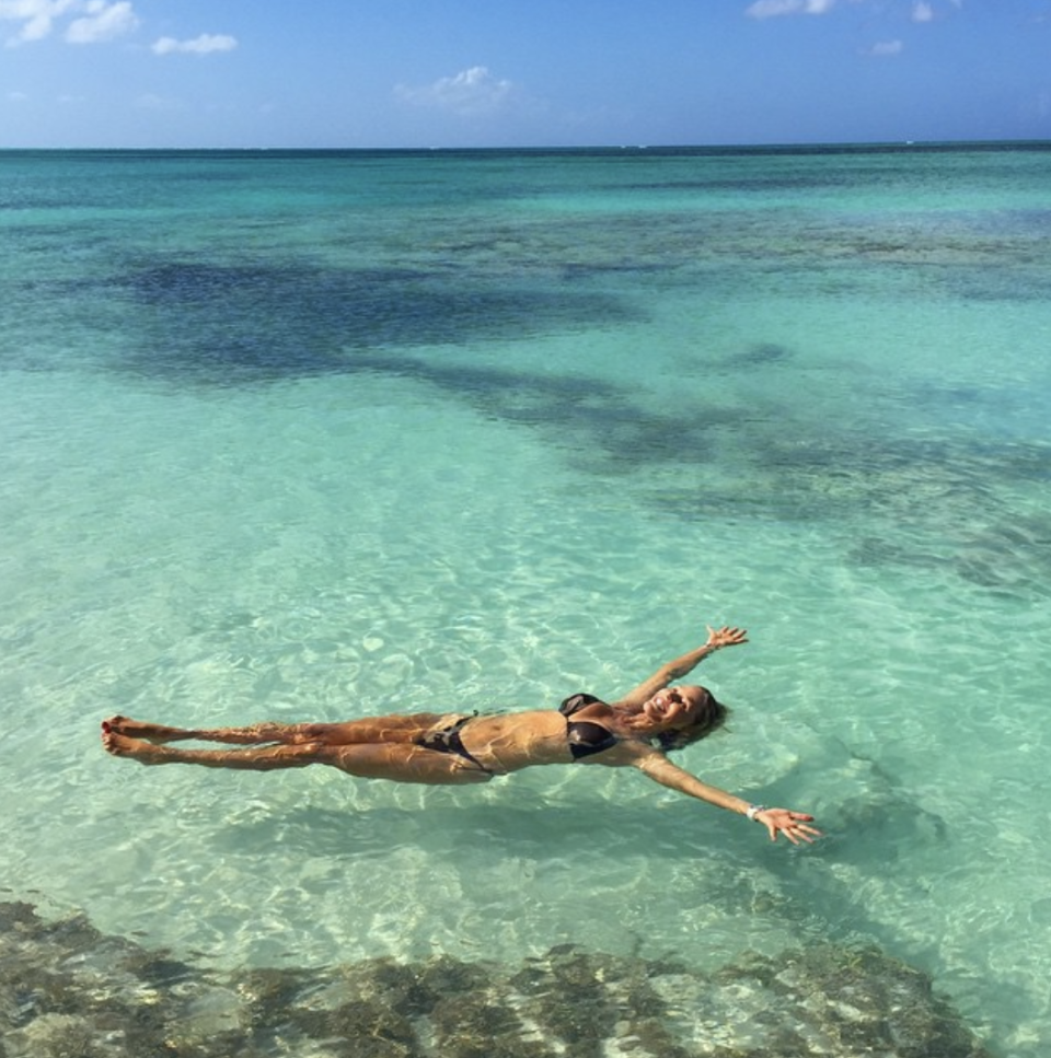 <p>The American actress and model seems to defy age in this bikini snap – she's 63. <em>[Photo: Christie Brinkley/ Instagram]</em> </p>