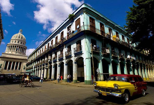 <p>Diplomats posted to Havana began noticing symptoms in late 2016</p> (AFP)