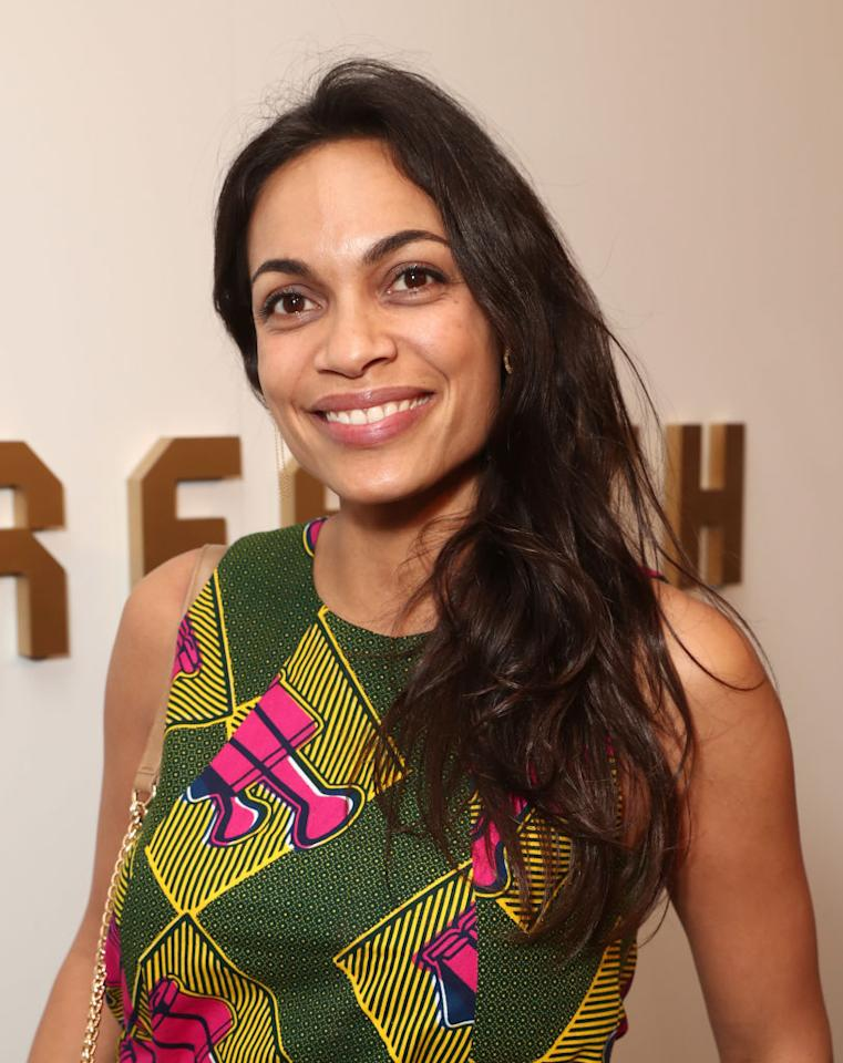<p>Dawsonwent for a simple no-makeup makeup look and effortlessly chic softly tousled hair. (Photo: Wireimage) </p>
