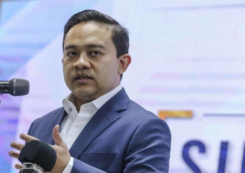 Wan Saiful was quoted as saying the promise to delay repayments for borrowers earning less than RM4,000 would have a long-term negative effect on the fund. — Picture by Firdaus Latif