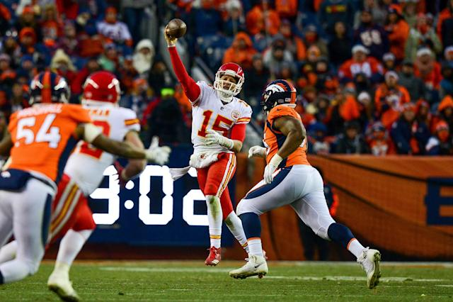The NFL games today include Miami Dolphins vs New England Patriots and Chiefs vs Broncos. Here's how to watch the NFL for free online.