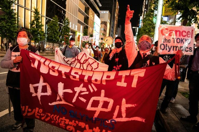 A new survey suggests 80 percent of Japanese polled are opposed to the country holding the Olympics this year
