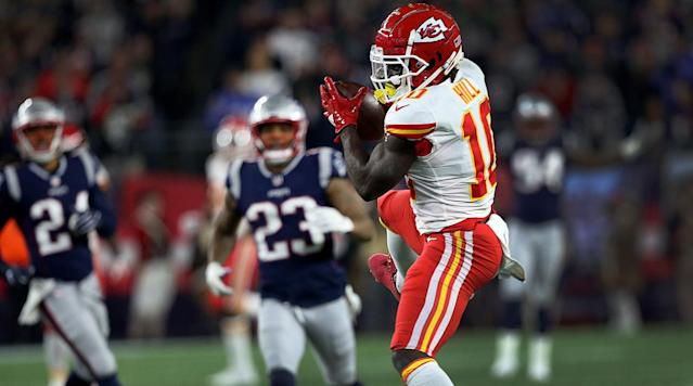 Examining the Legal Consequences for the Fan Who Threw Beer at Chiefs WR Tyreek Hill