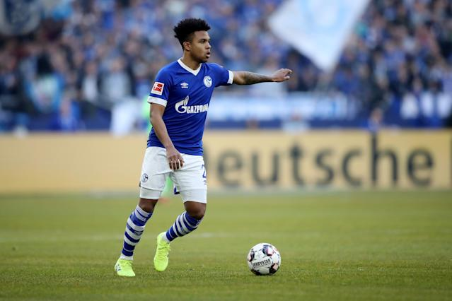 "<a class=""link rapid-noclick-resp"" href=""/soccer/players/1121556/"" data-ylk=""slk:Weston McKennie"">Weston McKennie</a> impressed as a right back in Schalke's scoreless draw against Freiburg on Saturday. (Christof Koepsel/Getty)"