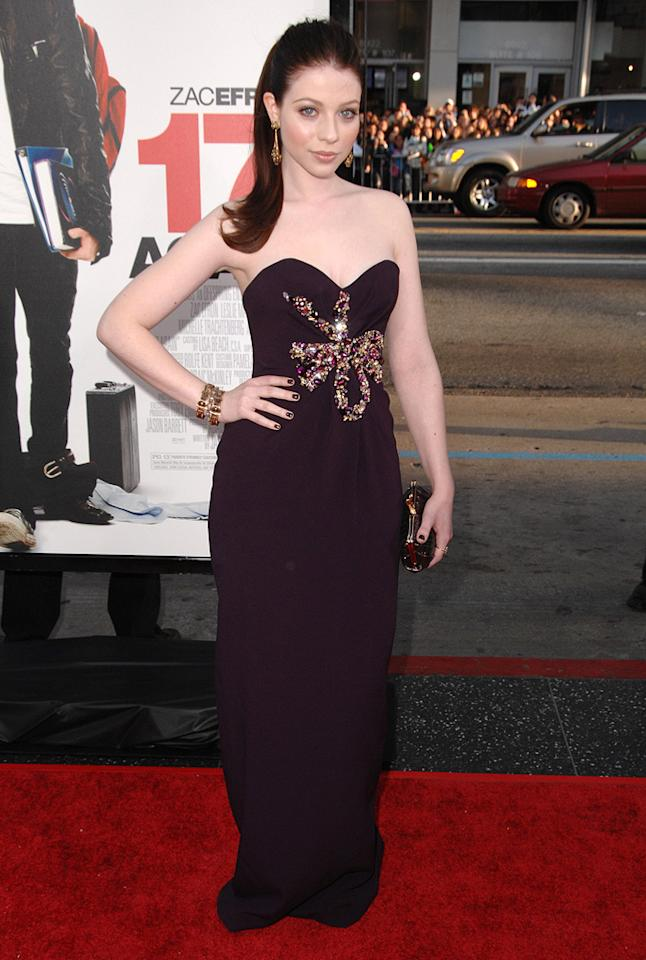 "<a href=""http://movies.yahoo.com/movie/contributor/1800019074"">Michelle Trachtenberg</a> at the Los Angeles premiere of <a href=""http://movies.yahoo.com/movie/1810038675/info"">17 Again</a> - 04/14/2009"