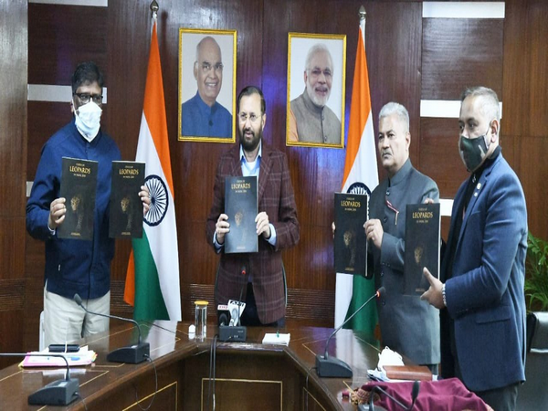 Union Minister of Environment, Forest & Climate Change, Prakash Javadekar releases the