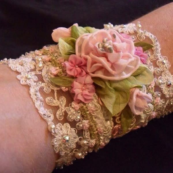 """<div class=""""caption-credit""""> Photo by: threezmom</div><div class=""""caption-title""""></div>This shabby chic corsage is romantic and vintage-y, and best of all, made by a mom."""
