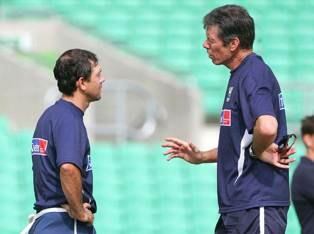 Ricky Ponting (L) of Australia chats with coach John Buchanan during training at The Oval on September 5, 2005 in London, United Kingdom.  (Photo by Hamish Blair/Getty Images) *** Local Caption *** Ricky Ponting;John Buchanan