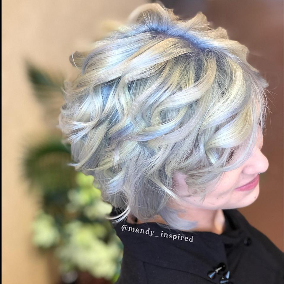 The icy blue root shadowing, done by Florida-based hairstylist Mandy Zehnder, gives this look even more dimension.