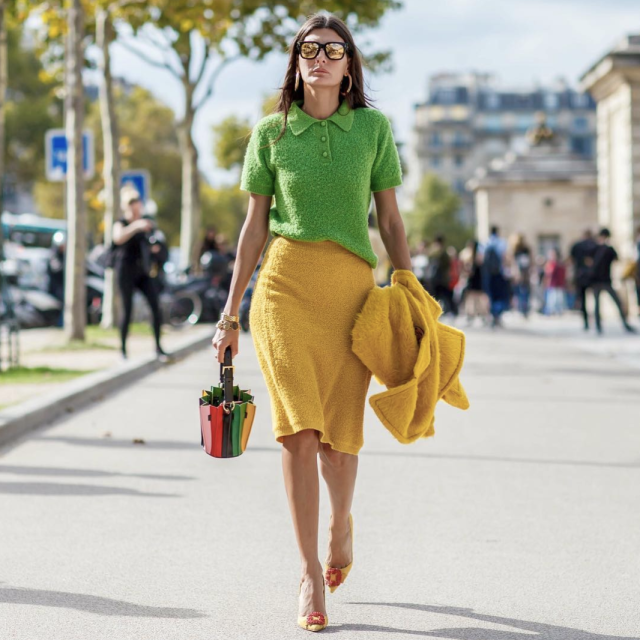 <p>This fashionista is showing us how to colour clash like a pro. <em>[Photo: yourensemble/Instagram]</em> </p>