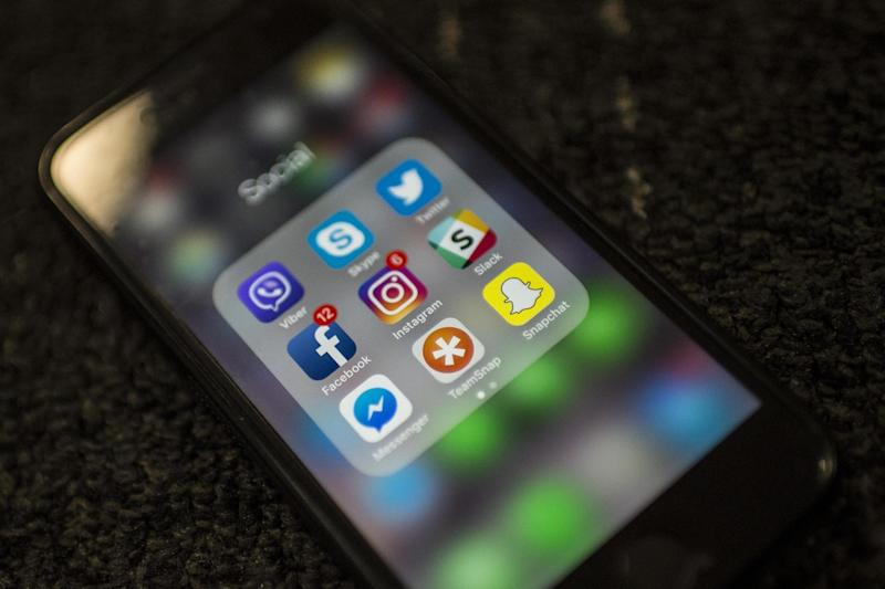 A new app for EU nationals to register for settled UK status will not work on iPhones: AFP/Getty Images