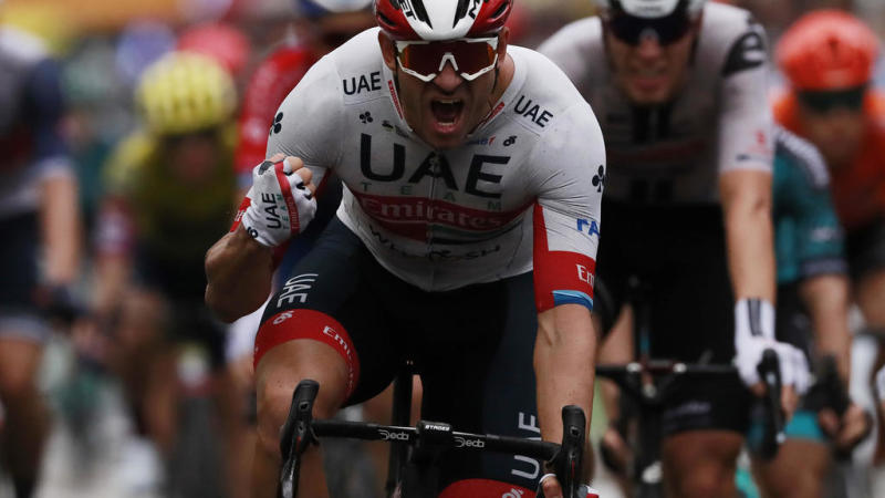 Norwegian Alexander Kristoff wins first stage in rain-drenched Nice