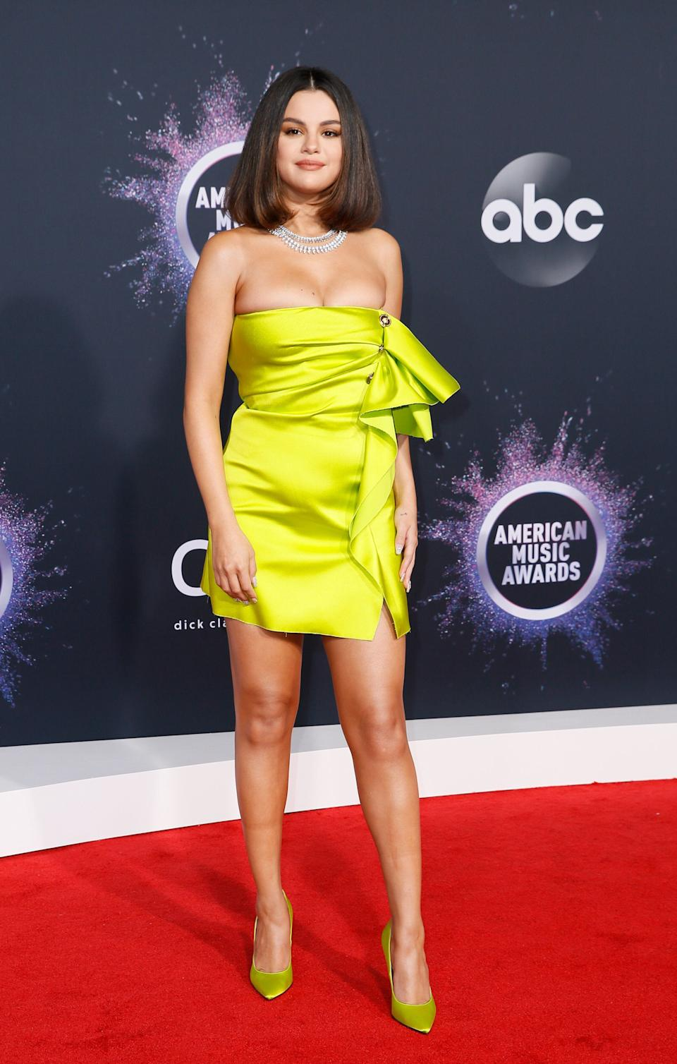 Selena Gomez walks the red carpet at the 2019 American Music Awards in Los Angeles on Nov. 24. (Photo: Danny Moloshok / Reuters)