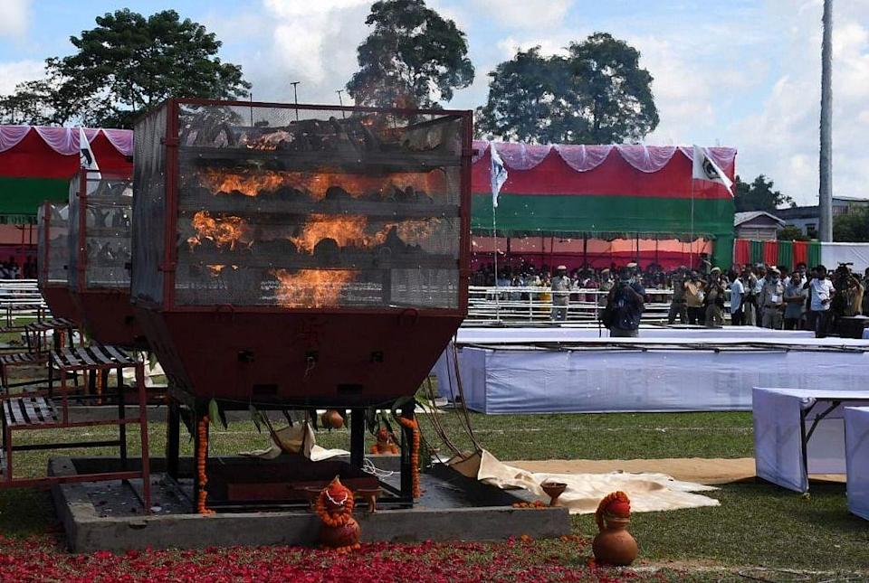 """<div class=""""paragraphs""""><p>A burning furnace at the event</p></div>"""