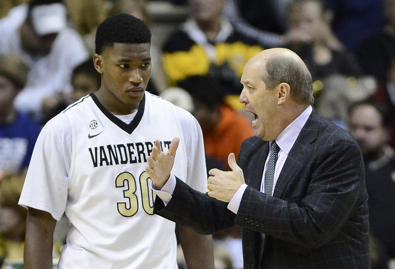 Vandy's Stallings stands up for Tennessee's Martin