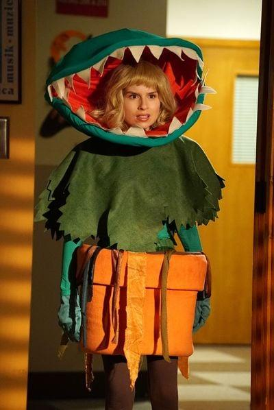 <p>Evelyn gets inspiration from <strong>Little Shop of Horrors</strong>. </p>