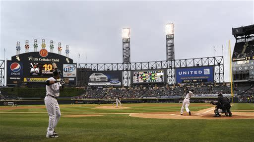 Chicago White Sox shortstop Alexei Ramirez (10) flies out during the first inning of a baseball game against the Miami Marlins in Chicago, Saturday, May 25, 2013. (AP Photo/Paul Beaty)