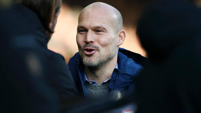 The former frontman says there is no room for sentiment at the Emirates, with there an obvious need to bring in a proven coach as soon as possible