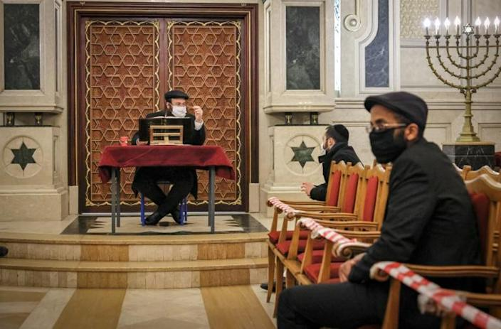 A rabbi gives a sermon at the synagogue of Beth El in the Moroccan city of Casablanca on January 5, 2021