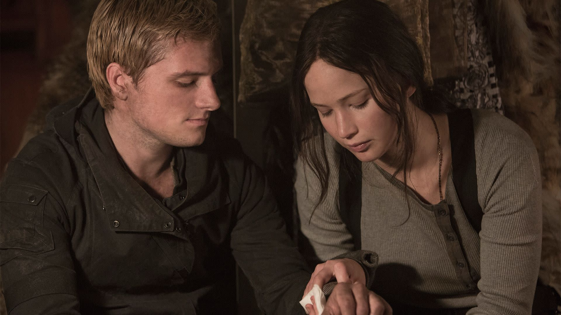 Josh Hutcherson and Jennifer Lawrence in 'The Hunger Games: Mockingjay Pt. 2' (Lionsgate)