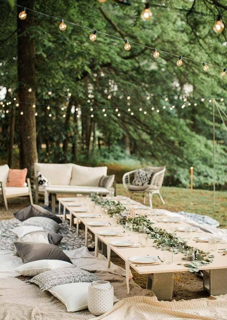 The decor was inexpensive (Danielle Riley Photography)