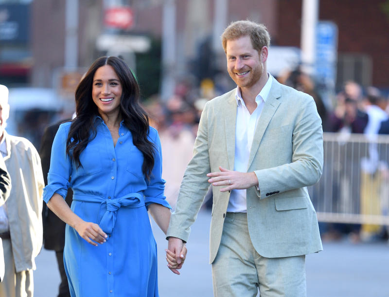 CAPE TOWN, SOUTH AFRICA - SEPTEMBER 23: Meghan, Duchess of Sussex and Prince Harry, Duke of Sussex visit the District Six Homecoming Centre during their royal tour of South Africa on September 23, 2019 in Cape Town, South Africa. (Photo by Karwai Tang/WireImage)
