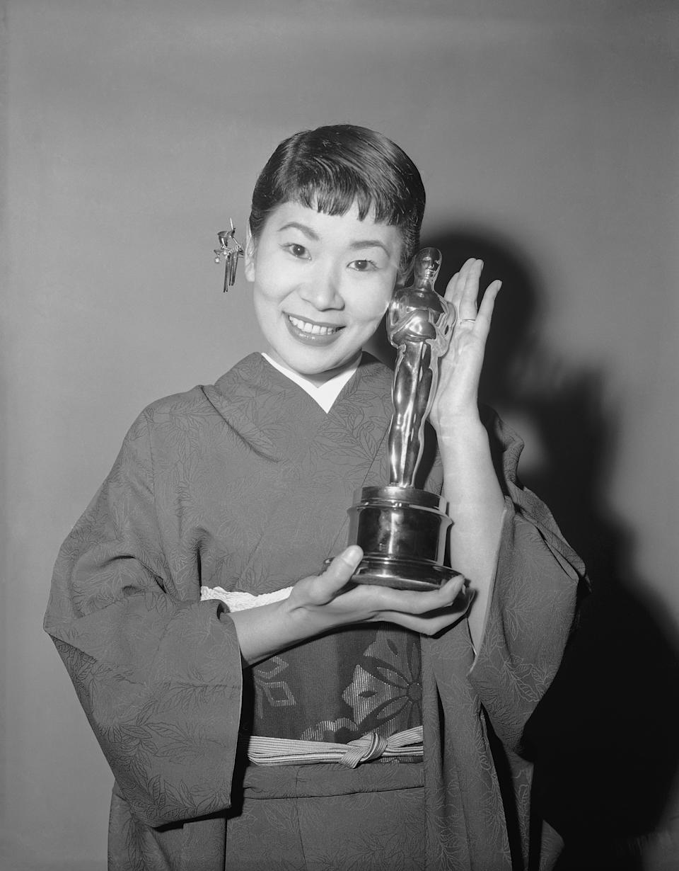 Japanese actress Miyoshi Umeki, winner of an Academy Award on March 26,1958 in Hollywood, Calif.  As