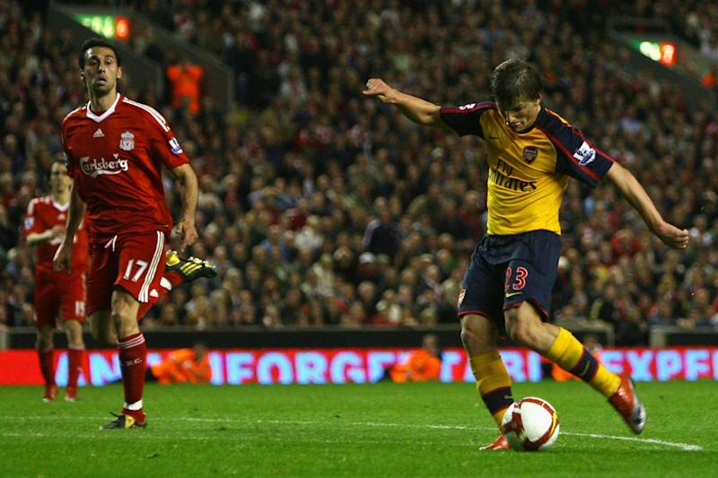 Arshavin's fourth goal against Liverpool Photo: Getty Images