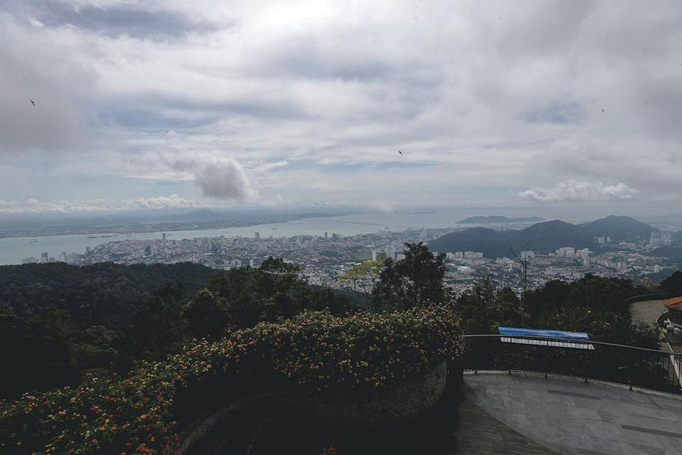 A view of George Town from the highest point on Penang Hill. — Picture by Sayuti Zainudin