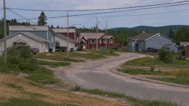 The Atikamekw community of Manawan is mourning the deaths of 29 year-old Jonas Dubé and his seven year-old son Weyko Jacob. (Radio-Canada - image credit)