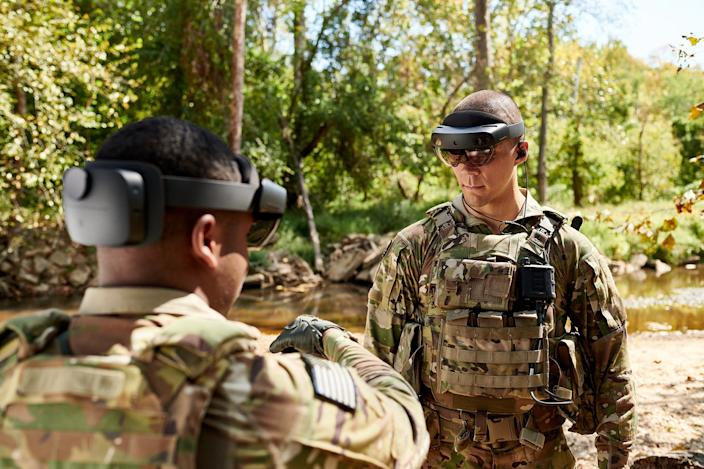 Soldiers testing an earlier version of the IVAS headset during STP 2