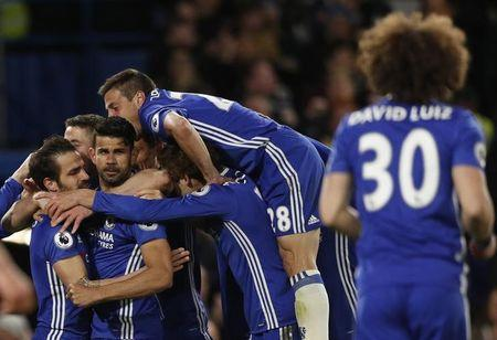 Diego Costa comemora gol do Chelsea