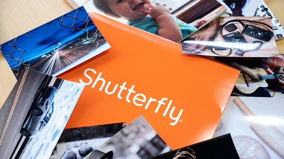 Print out your most cherished photo memories with Shutterfly.