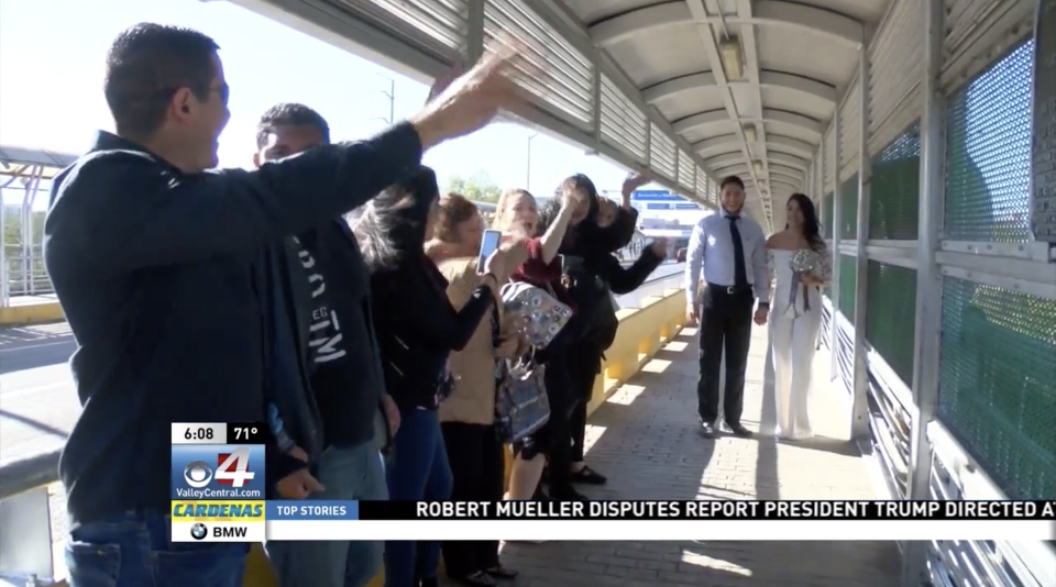 Couple separated by the border gets married in international territory. (Photo: KGBT)