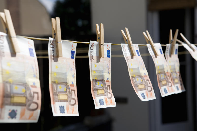 Money on a washing line