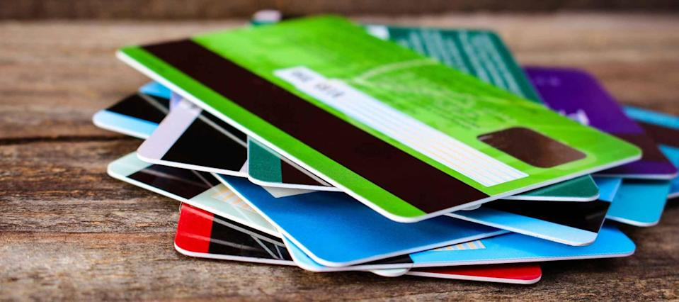These credit card red flags show you may have too much plastic