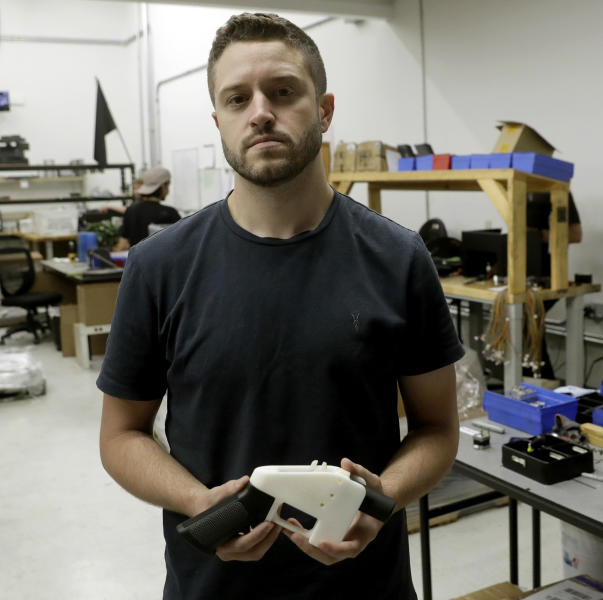 3D Gun Advocate Accused Of Sex With Minor Is Jailed In Us-7001